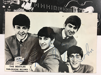 Autographes Beatles